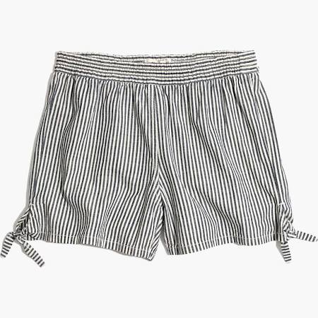 Tie shorts